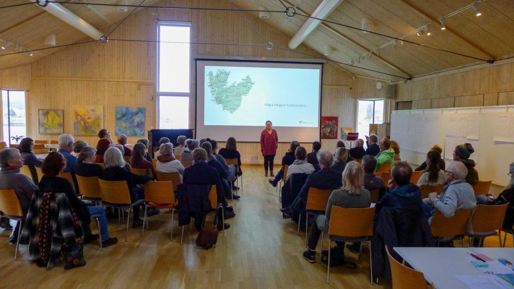 Eva Pettersson från VGR presenterar kultursystem